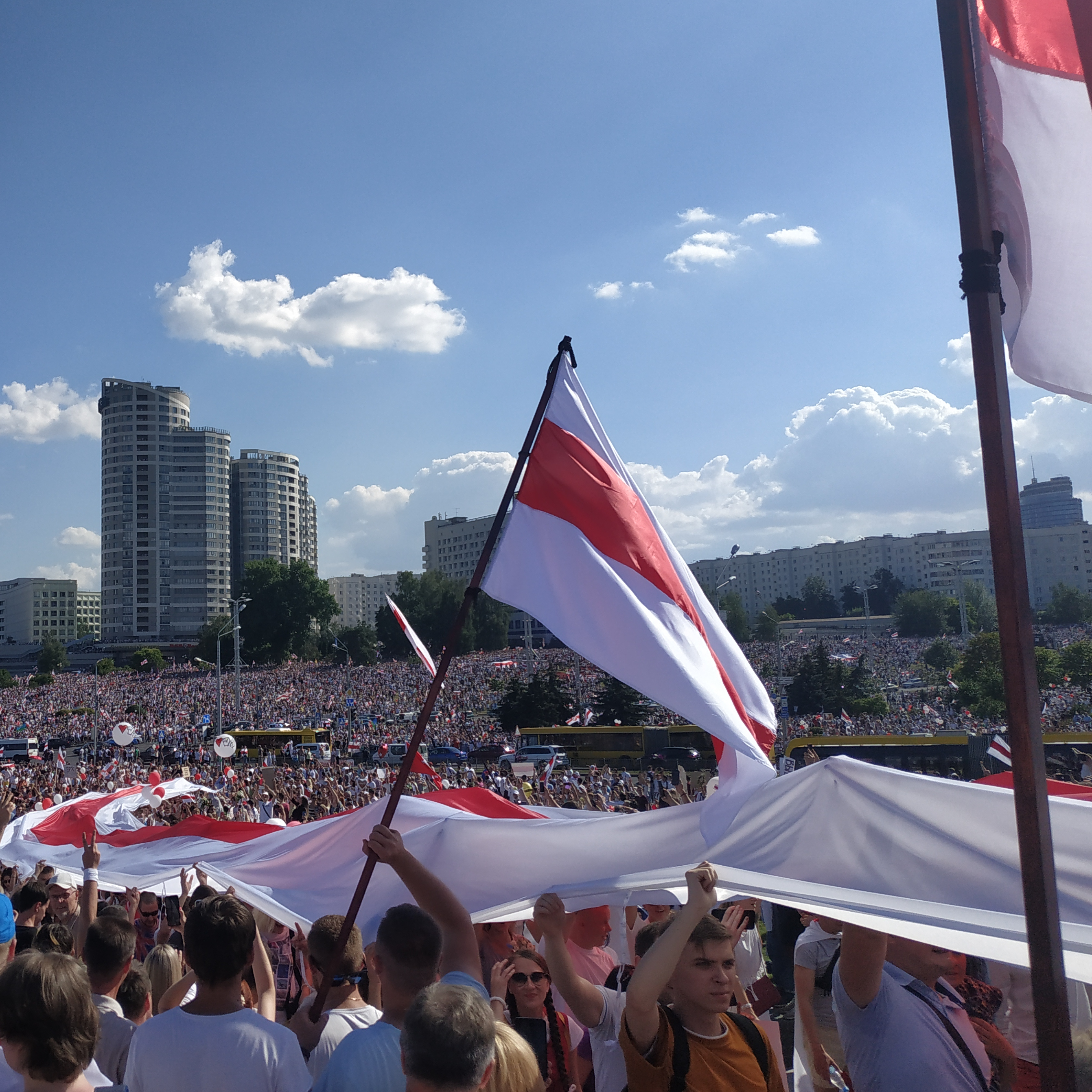 protest_actions_in_minsk_belarus_near_stella_august_16-2